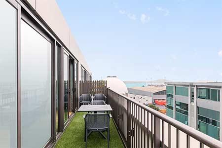 adina apartment hotel auckland britomart best rate guaranteed rh adinahotels com